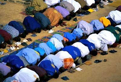 L'heure de la prière. Crédit photo : leral.net